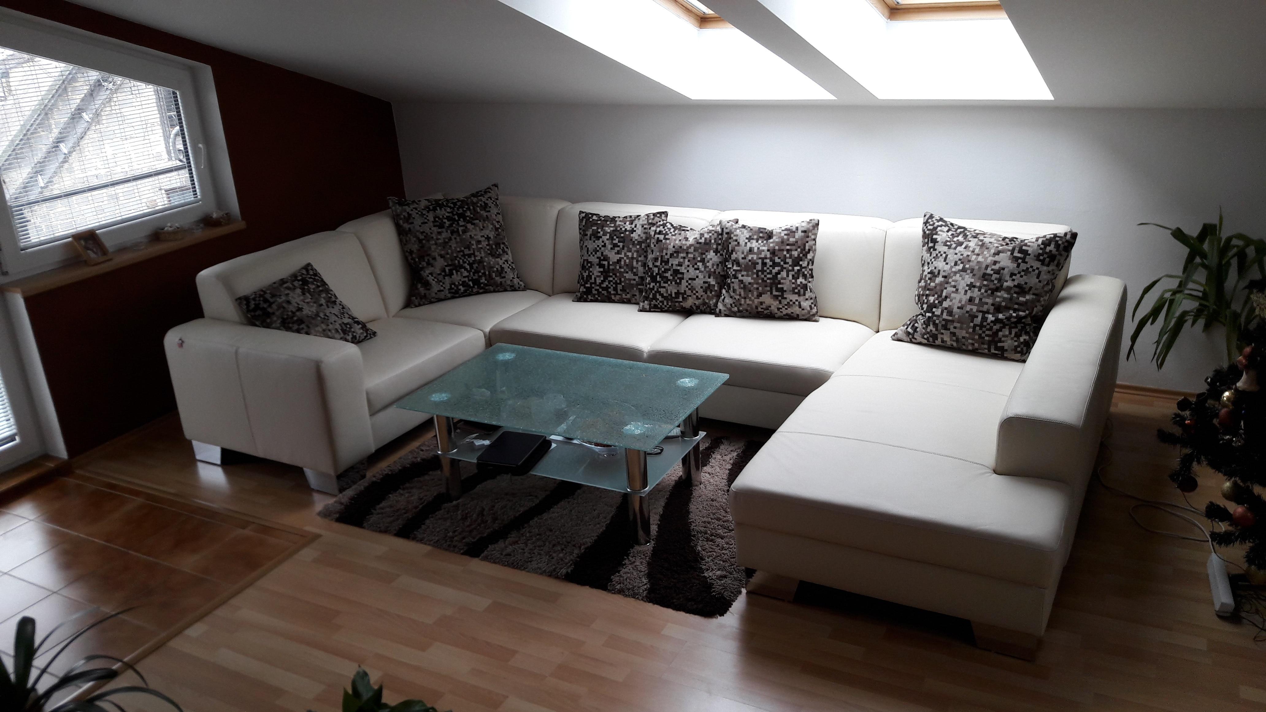 Moderná sedacia súprava Lemans s funkciou rozkladania na 2-posteľ v prevedení pravá koža